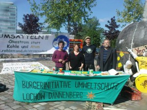 BI Umweltschutz vor dem Atomforum in Dresden.