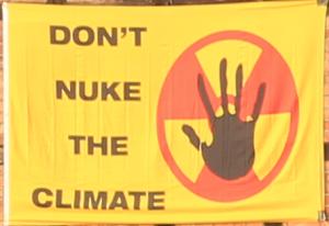 "Flagge ""Don't nuke the climate"""